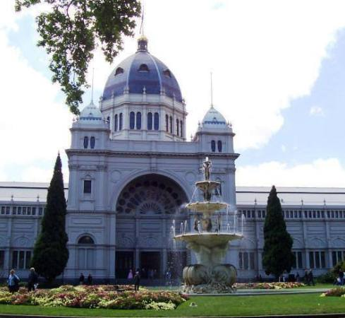 royal-exhibition-building03