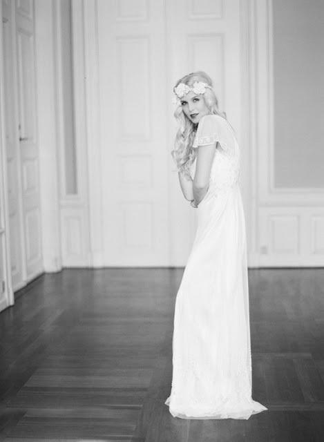 nnnoiva_21-vintage-bride-wedding-dress-600x819